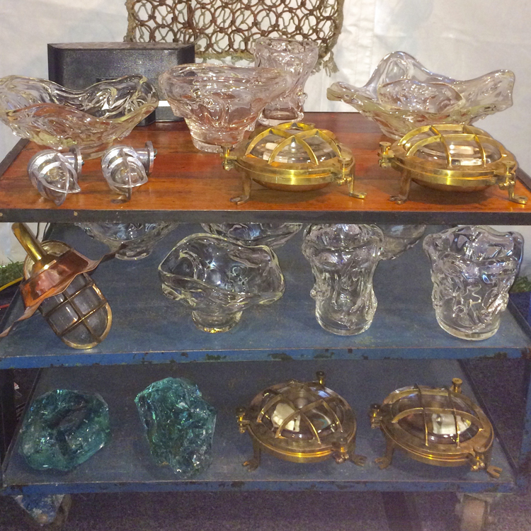 Glassware: exhibitors